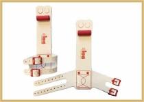 IWA Ringehandschutz mit Schnalle 2-Loch creme mit roter IWA Schnalle