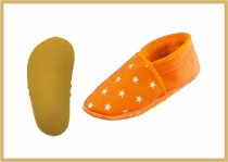 Krabbelschuhe Stern orange