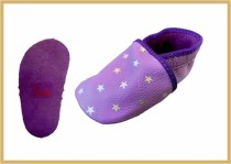 Krabbelschuhe Sterne flieder