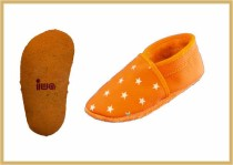 Krabbelschuhe Sterne orange